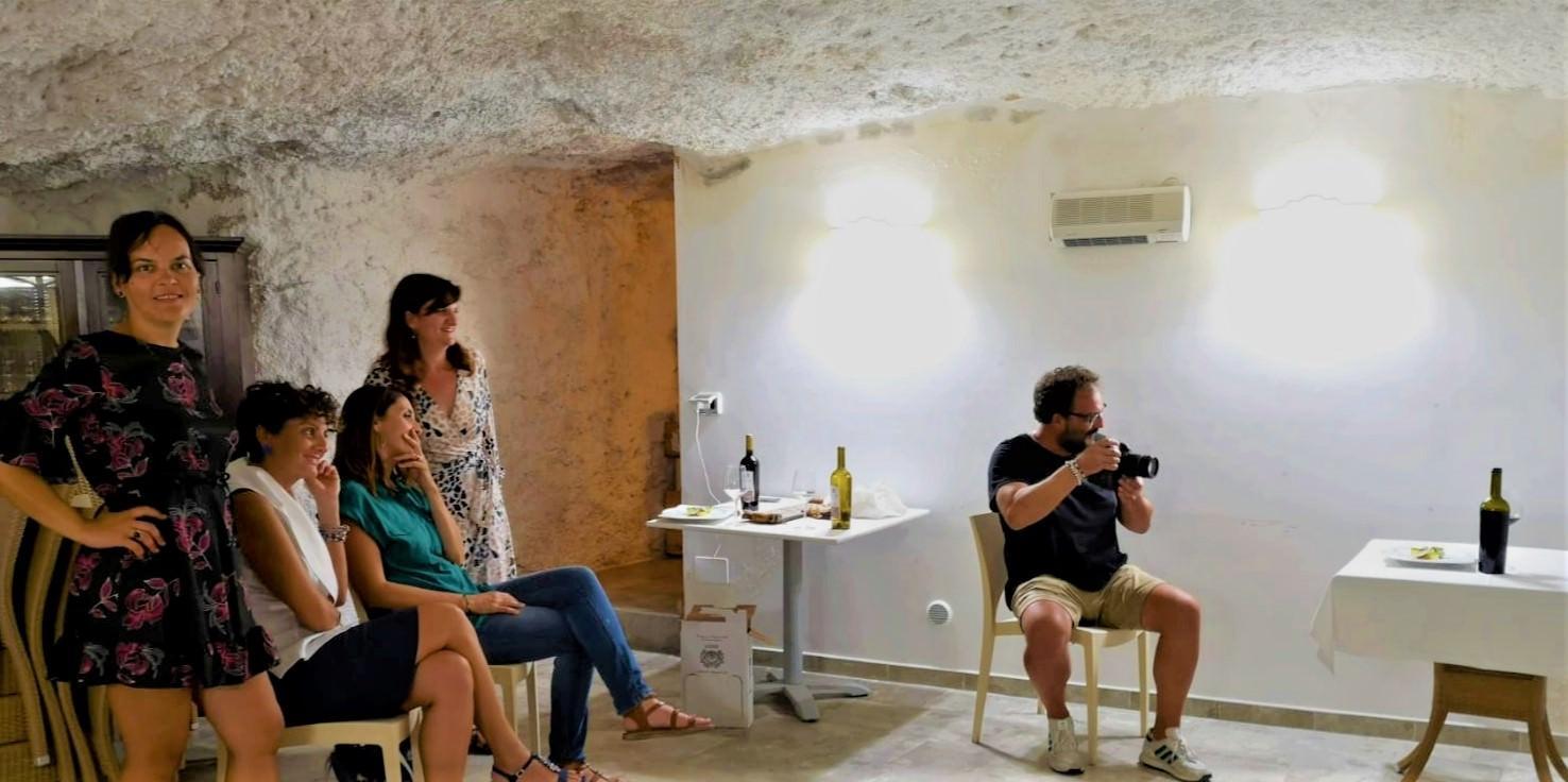 una guida di Pug per incontri onlinesiti di incontri Cipro